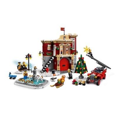 lego winterliche feuerwache front weihnachtlichen lego sets